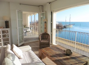 panoramic views of Port Rive Gauche in all directions from the living room and terrace