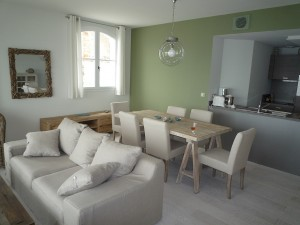 Salicorne has a small but perfectly formed open plan kitchen with all the modern equipment for relaxed self catering