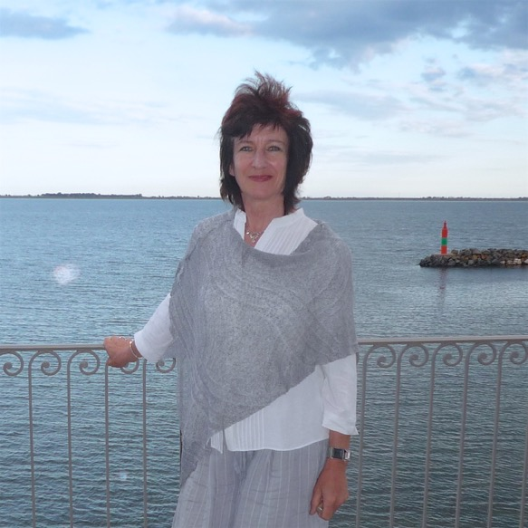 Meet the owners salicorne - Port rive gauche marseillan ...
